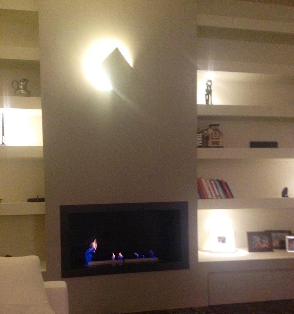 Realizzazione in opera di parete attrezzata in cartongesso con nicchie a giorno,. Pin Su Wall Tv