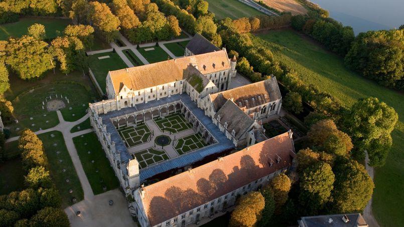 Un Nouveau Potager Jardin Pour L Abbaye De Royaumont Avec Images Abbaye De Royaumont Abbaye Coye La Foret