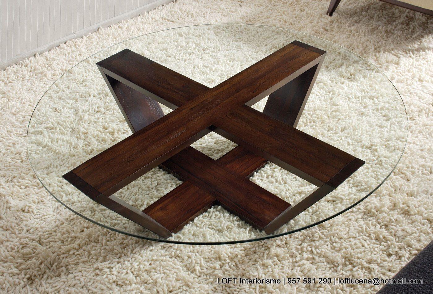 Otro modelo de mesa de centro con patas de madera y sobre for Mesas de centro madera y cristal