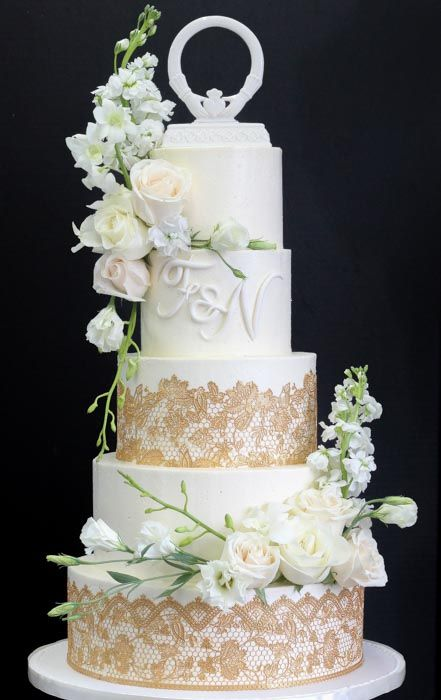 wedding cake flavors 2018 5 tier ivory and gold wedding cake in 2018 22639
