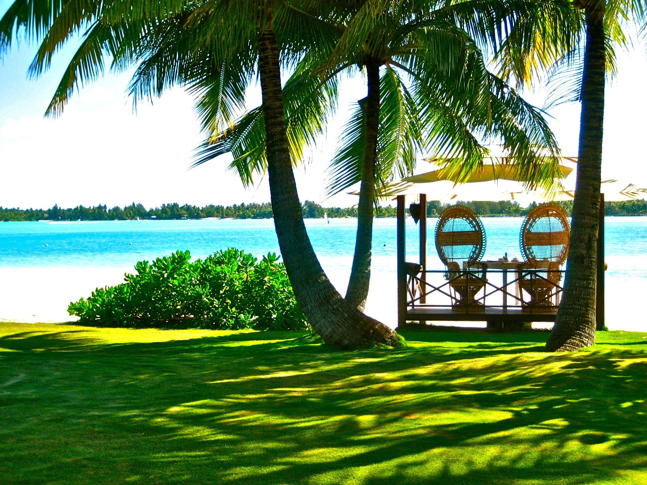 Romantic breakfast at St. Regis Bora Bora
