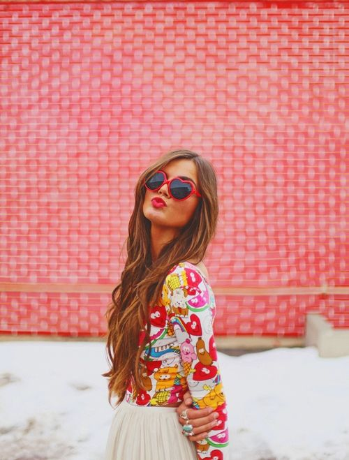 #girl #kiss #sunglass
