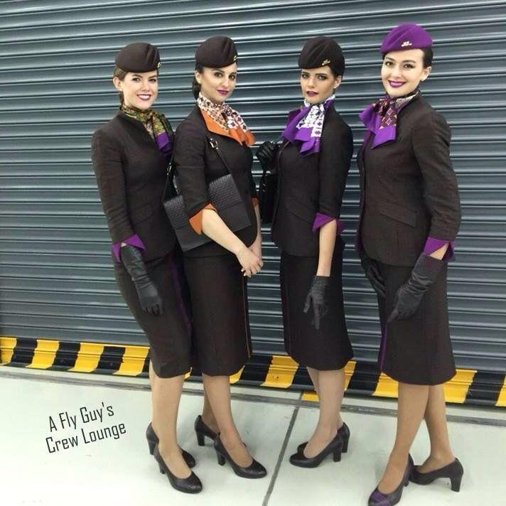 Fluggesellschaft Hostessen Uniformen