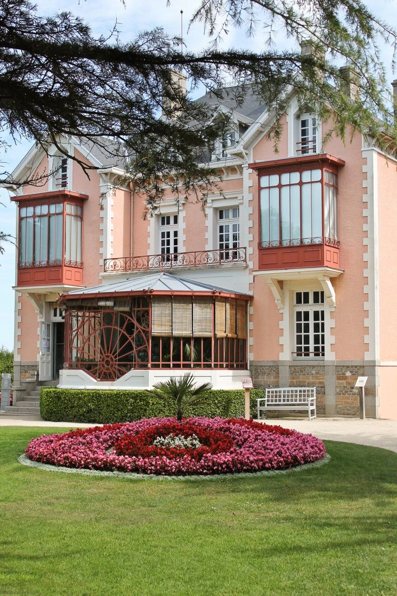 Jardin Dior Granville Christian Dior S Family Home Granville France Have Been There A