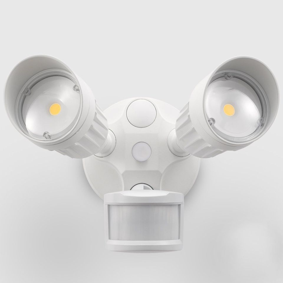 The 8 Best Outdoor Motion Sensor Lights Of 2020 Motion Sensor