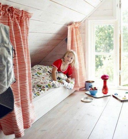 letto Montessori 131   Camere mansardate, Camera da letto ...