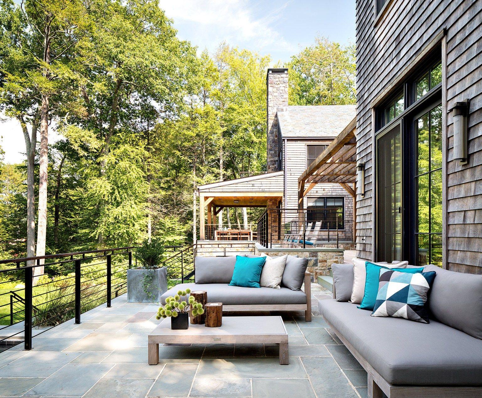 Une maison contemporaine et artisanale   Maison contemporaine, Maison, Vie en plein air