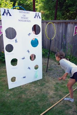 harry potter birthday party games and activities ideen sommerlager harry potter pinterest. Black Bedroom Furniture Sets. Home Design Ideas