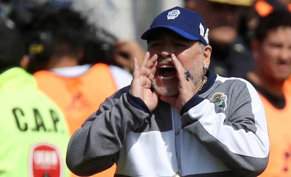 Maradona Regreso A Gimnasia Tras 48 Horas De Haber Renunciado Mens Sunglasses Windbreaker Captain Hat