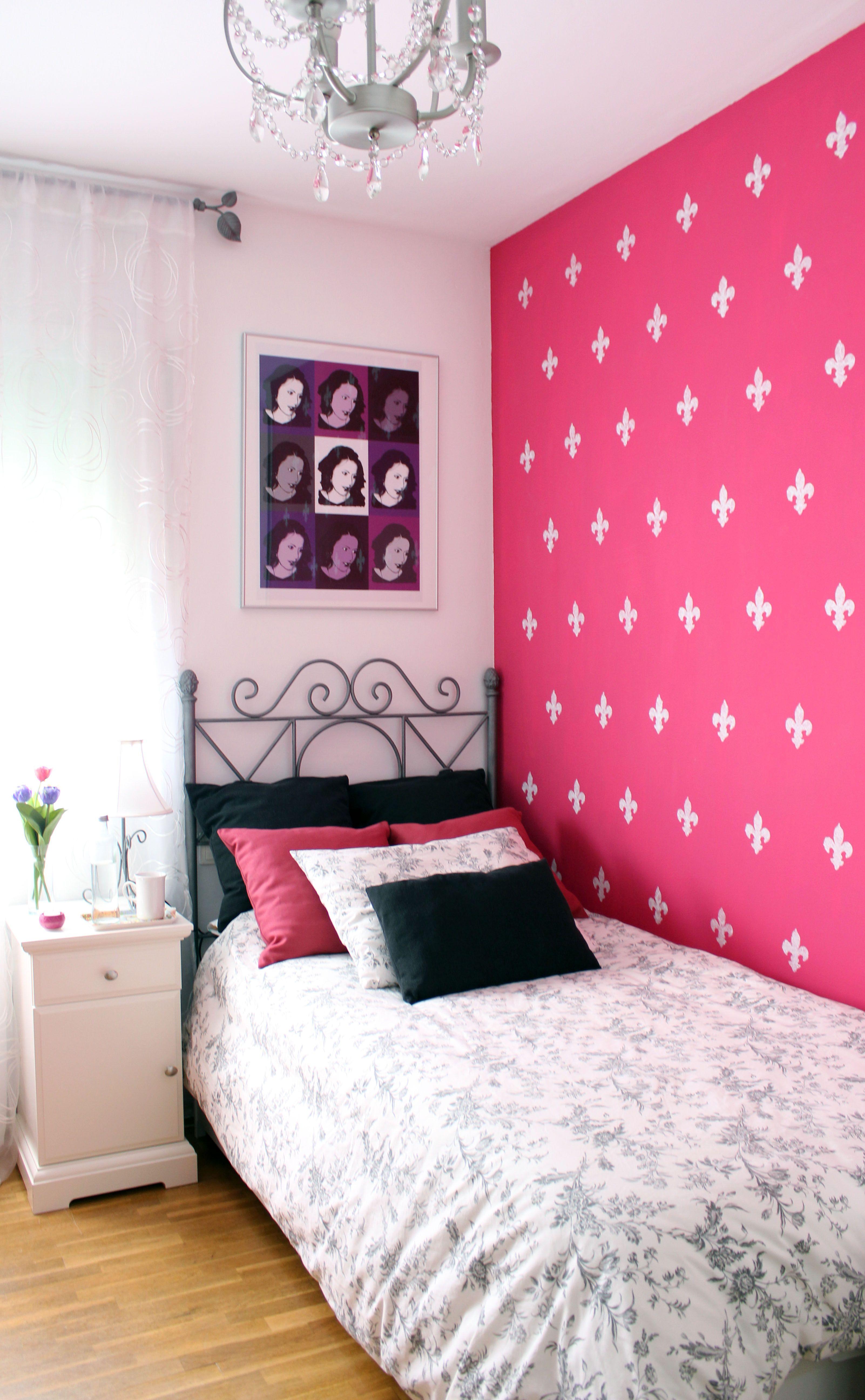Pared flores de lis ideas cuarto bedroom wall colors y bedroom decor - Decoracion paredes habitaciones juveniles ...