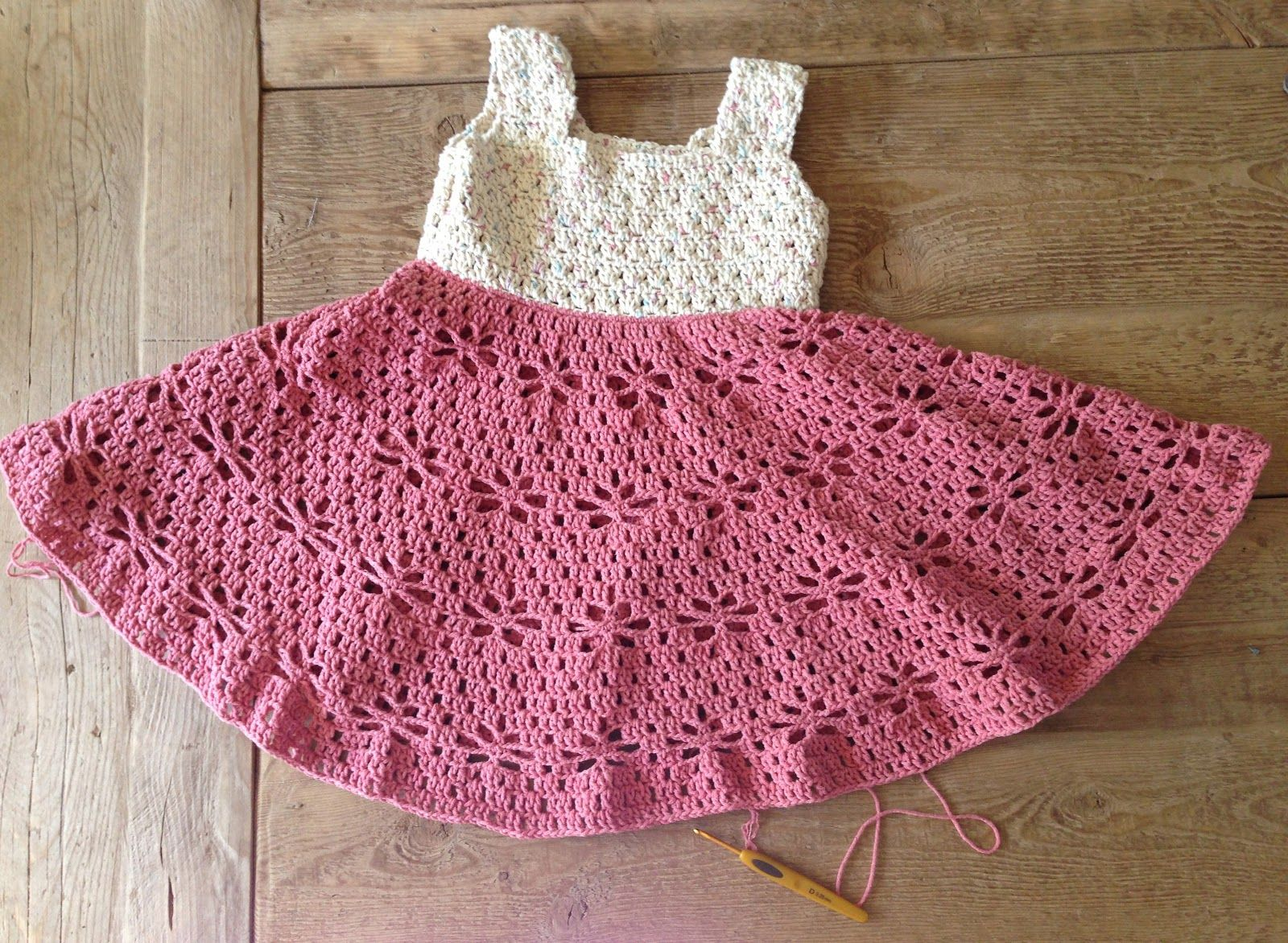 A beautiful dress for girls crochet yarn. pattern - Crochet patterns ...