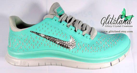 SALE !! Women's Size 5.5 Blinged Tropical Twist Women's Nike Free 3 V4 w/ Swarovski Crystals