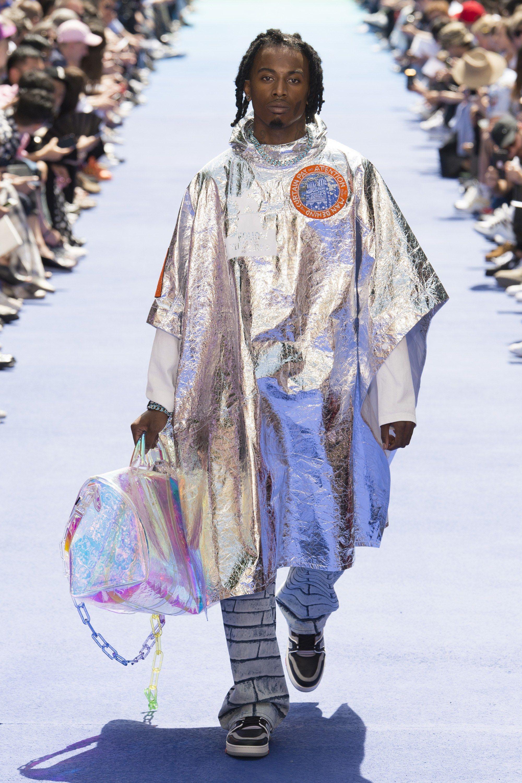 Louis Vuitton Spring 2019 Menswear Paris Collection - Vogue. Louis Vuitton  Spring 2019 Menswear Paris Collection - Vogue Mode Homme, Printemps Été,  Haute 038748e0008