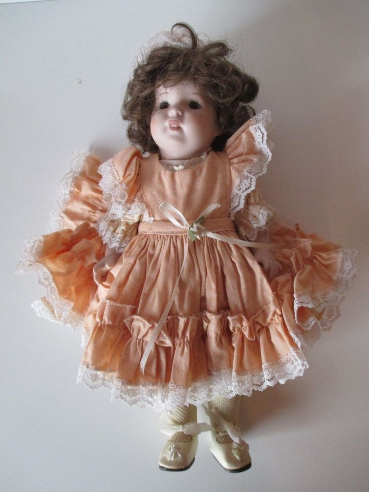 Pocilian Doll With Dress and Hat