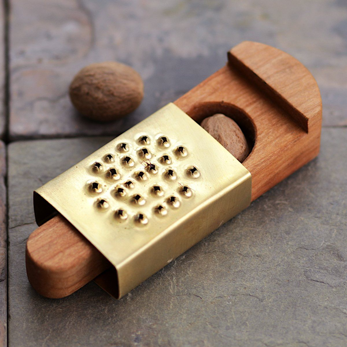 Pocket Nutmeg Grater – Townsends