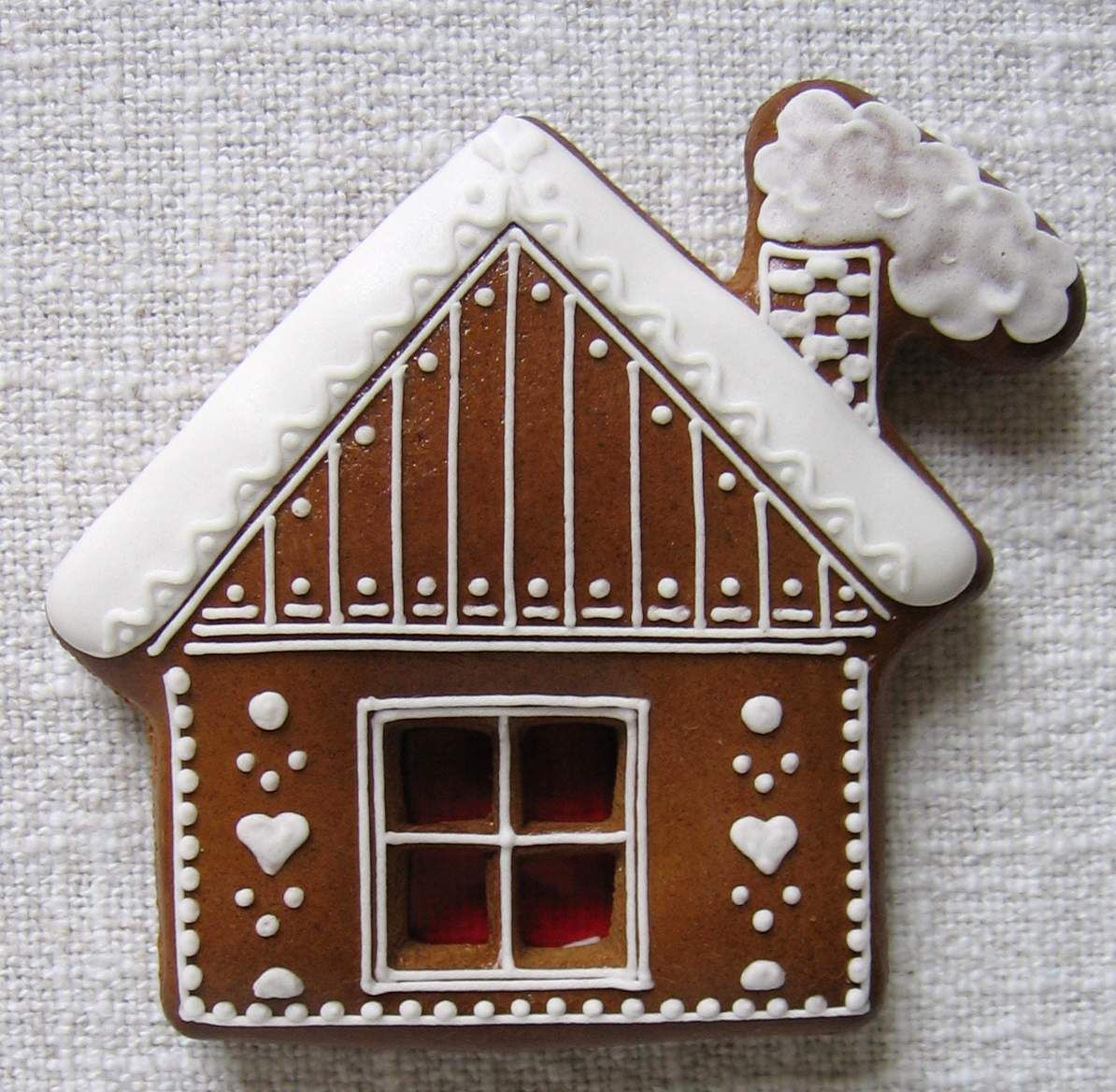 Jls - OPT: RED base, white decor; red decor on either Gbread or reg cookie