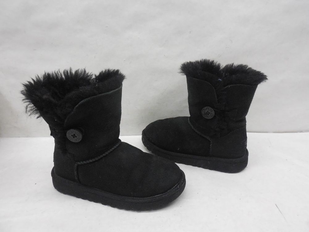 UGG Australia Youth 5991 Bailey Button Black Suede Pull On Snow Boots Size 1 #UGGAustralia #Boots