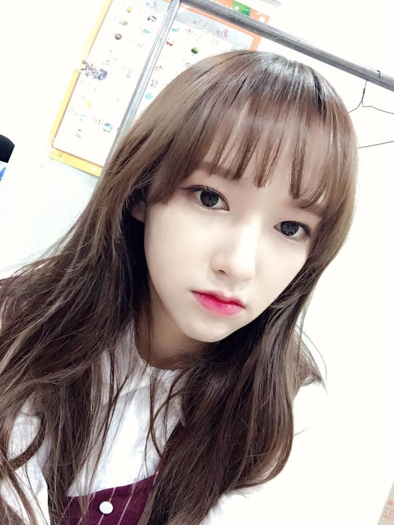 "fyeah-chengxiao: """"161107 Weibo update"" """