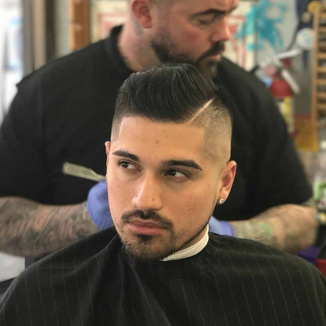 احدث قصات الشعر للرجال للشعر الطويل و القصير فمن المعروف ان قصات الشعر للرجال تعكس زوق الرجل وفي هذا New Men Hairstyles Cool Hairstyles For Men Mens Hairstyles