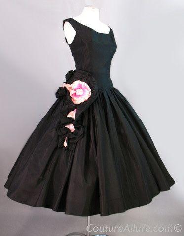 ~Vintage 50s Dress Black Full Skirt Roses~