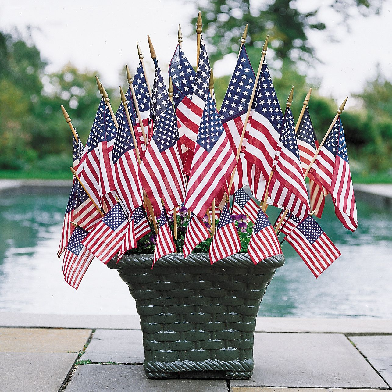 15 Creative Ways To Display The American Flag Around Your Home 4th Of July Decorations Displaying The American Flag Flag Display