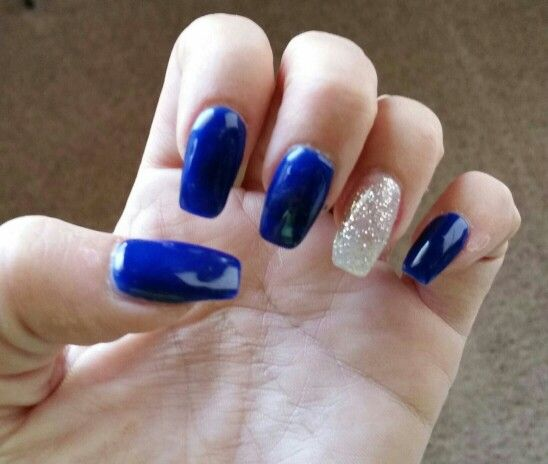 I love this blue color!!