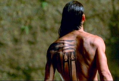 tatouage iroquois tattoo pinterest iroquois native tattoos and tattoo. Black Bedroom Furniture Sets. Home Design Ideas