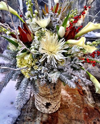 Best 25 winter flower arrangements ideas on pinterest winter floral arrangements winter - Best dried flower arrangements a colorful winter ...