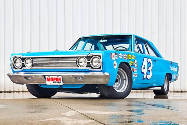 This 1967 Belvedere Was Built In The Same Bay Of The Petty S Garage Shop That The Original Car Was Some Of The Origin Plymouth Belvedere Classic Cars Plymouth