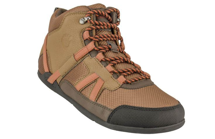 Going on a hike? You don't need a big heavy boot. This Men's minimalist hiking shoe is perfect for d...