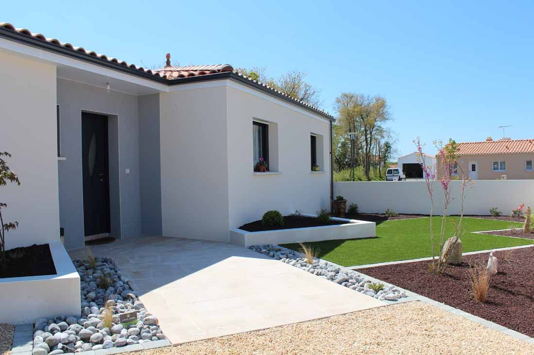 Jardin contemporain entree maison jardin ext rieur for Entree maison contemporaine