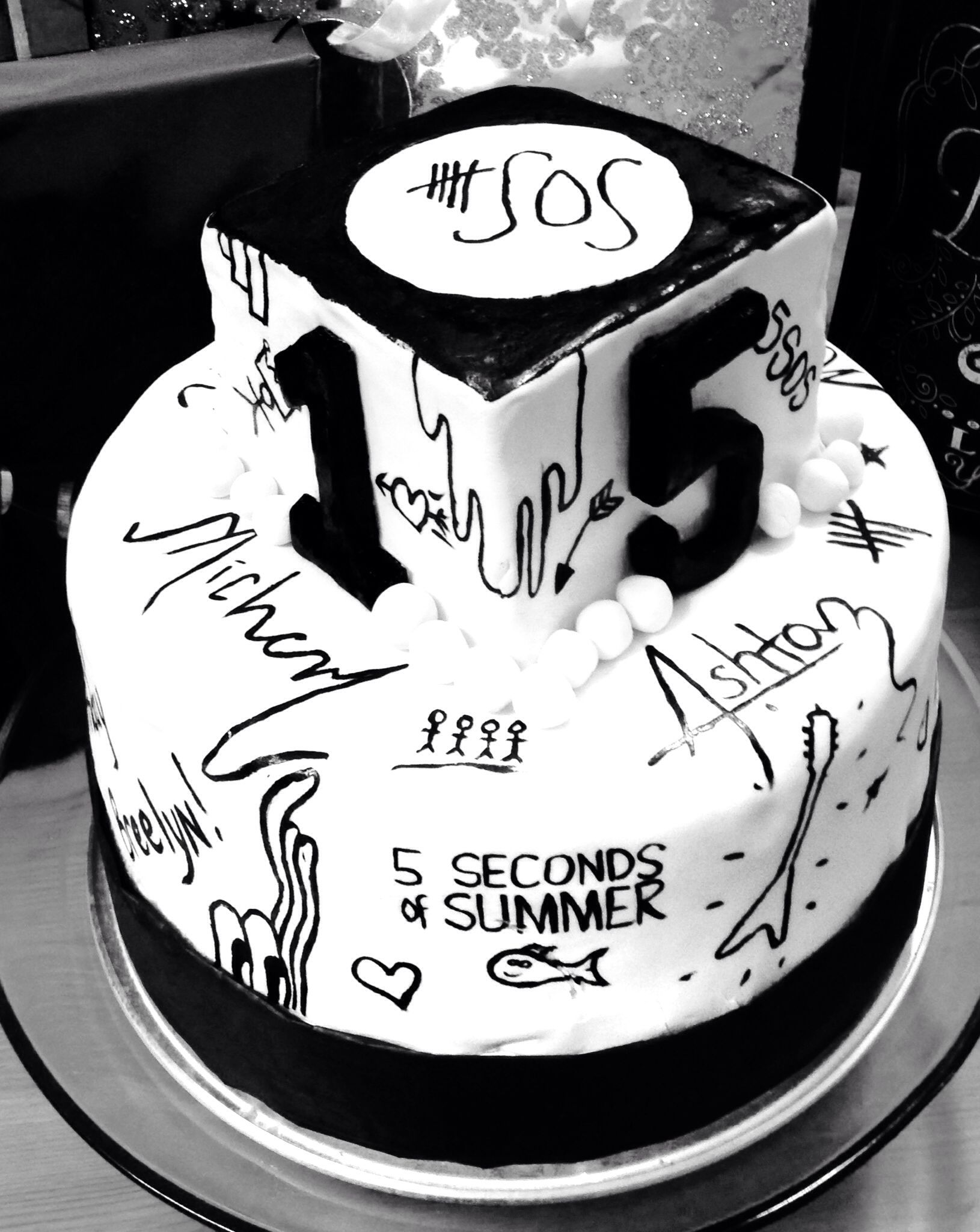 5 Seconds of Summer Birthday Cake  What Dad's would do for