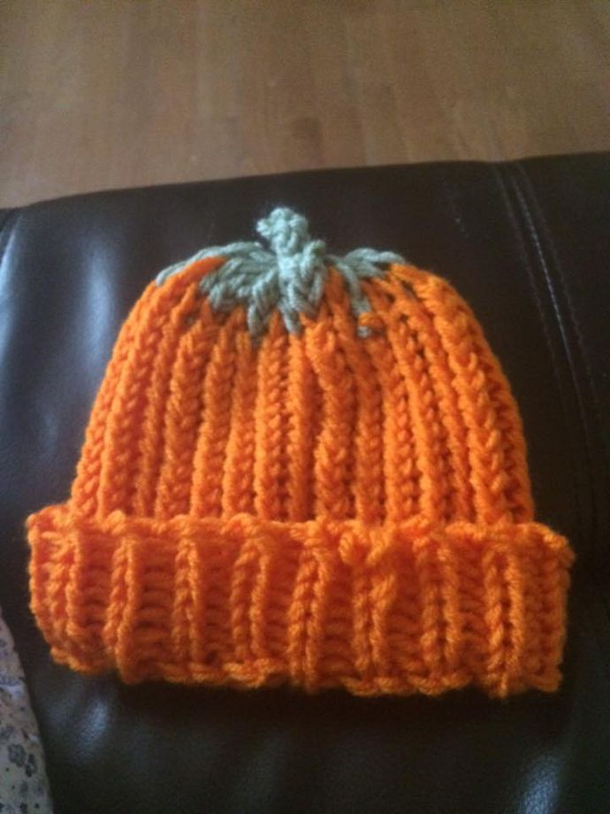Gorro calabaza - pumpkin hat tejido en telar por Linda P. | crochet ...
