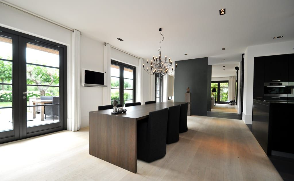 Foto\'s van een moderne eetkamer: eetkamer – keuken – modern landhuis ...