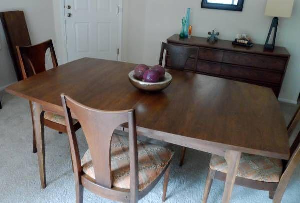 Best Broyhill Mcm Walnut Dining Room Table Chairs Walnut 640 x 480