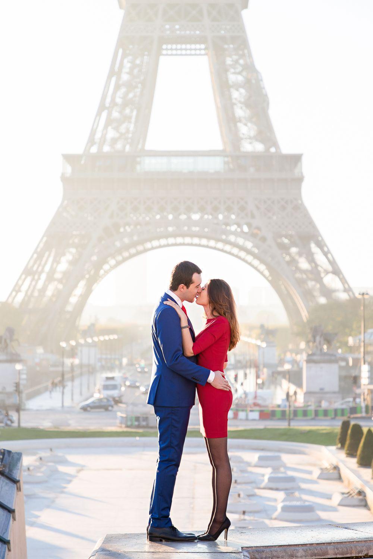 Paris Photo Shoot Inspiration Kiss Me In Paris Paris Travel