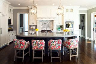 Farmhouse Chic for Wayzata Family - traditional - kitchen - minneapolis - by L. Cramer Builders + Remodelers