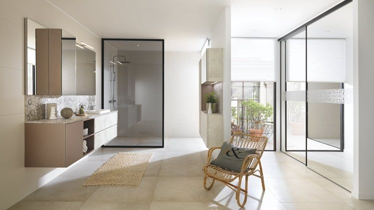Modern bathroom with mirror cabinet, storage unit and walk-in shower