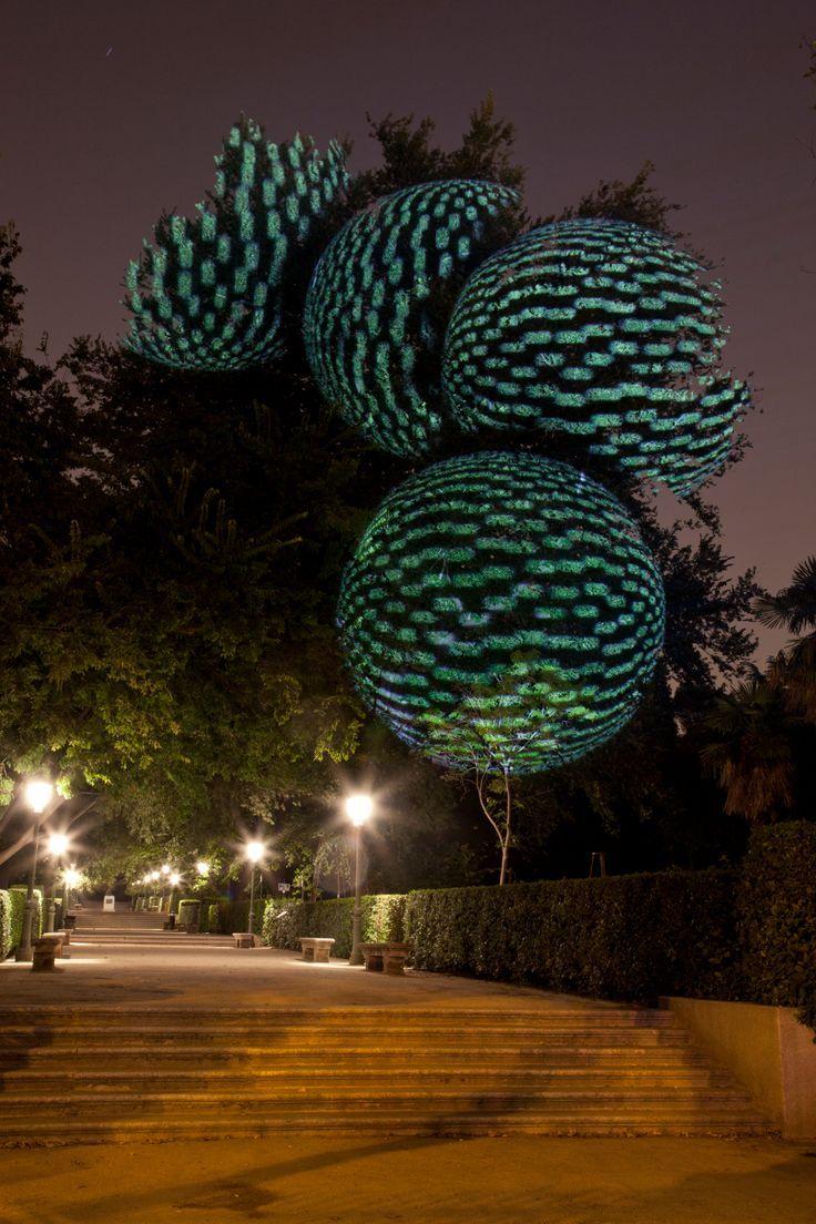 Javier Riera. Land Art. Projections   Garden art sculptures. Land art. Installation art
