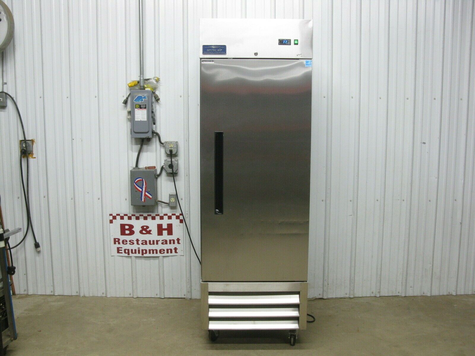 Reach In Cooler in 2020 Refrigerator cooler, Cooler