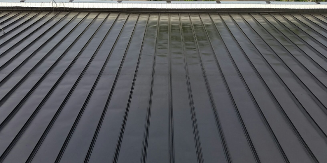Flat Roofing Repair Flat Roof Pros And Cons Metal Roof Coating Roof Coating Fibreglass Roof