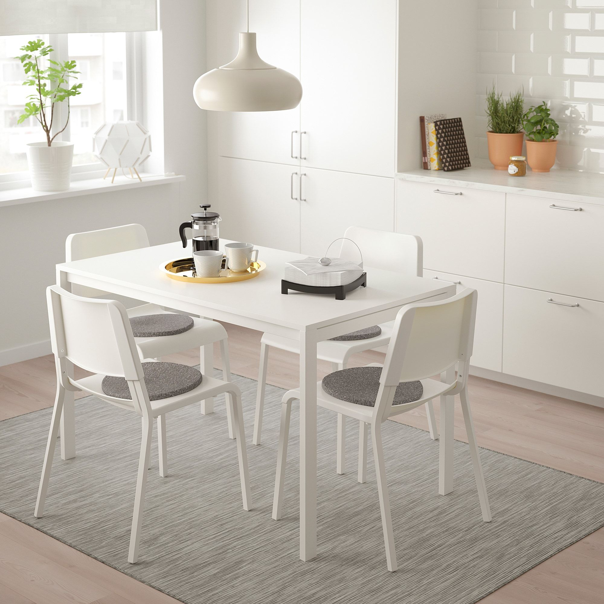 Melltorp Teodores Tisch Und 4 Stuhle Weiss Weisse Stuhle Ikea