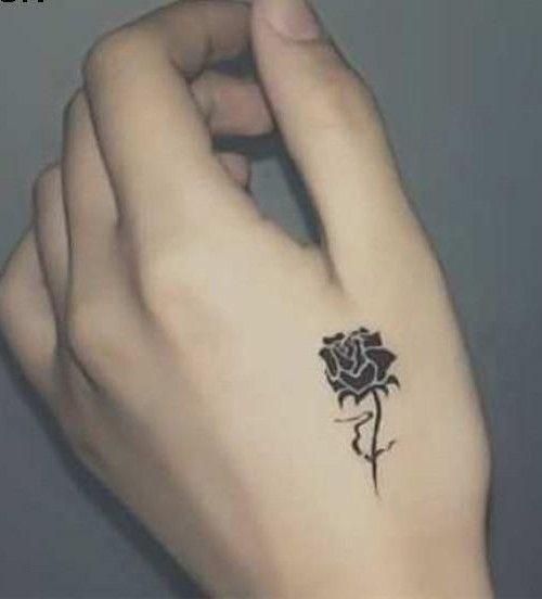 Petite Fleur Idees De Tatouage Club Tatouage Tatoo Tattoos
