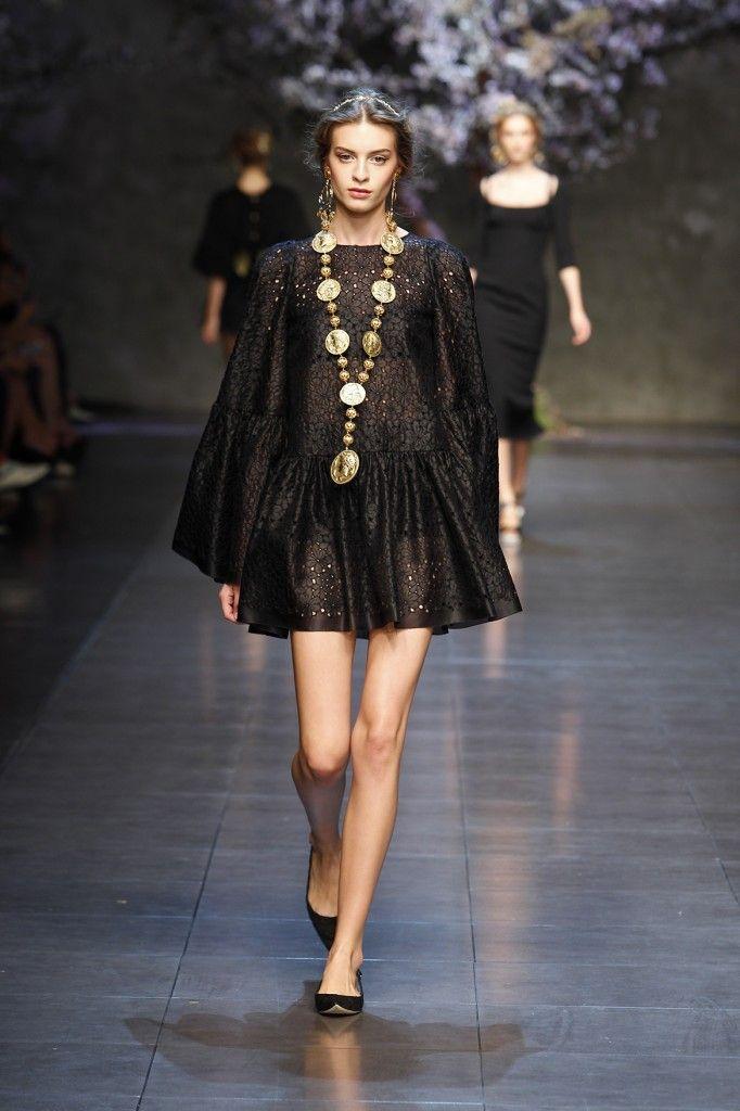 b67fab4c01 New-Dolce-Gabbana-Black-Color-Dress-Collection-2014-For-Western-Girls-  Fashion Fist (2) - Fashion Fist