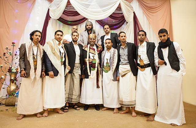 Yemeni Clothing Men Wearing Traditional Thoobs And Mawazz At A Wedding By Maarten De Wolf
