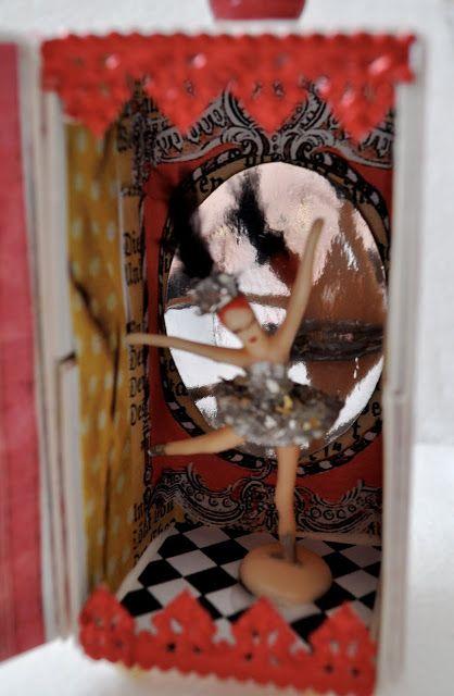 katydiddys: Sizzix Blog Hop-Moulin Rouge Theater Box
