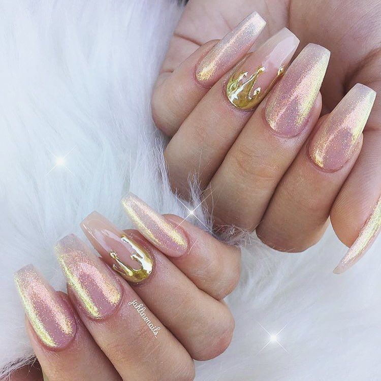 Pretty Fairy Dust Nails With Gold Chrome Drips By Jaklinenails For Featured Aurora Powder At Dailycharme Weddingnails