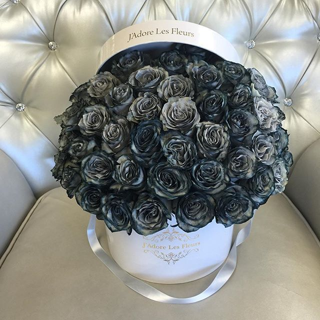 Grey Black Roses Not Too Many In Stock Call To Order Luxury Flowers Pretty Flowers Beautiful Flowers