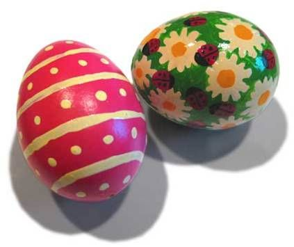 stripy eggs, Egg painting is a traditional easter activity. A variety of colours are used and the patterns vary