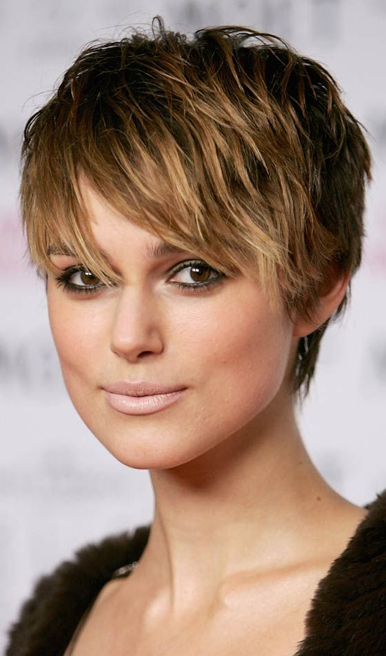 10 gorgeous keira knightley hairstyles in 2018 beauty tips and styles pinterest frisur. Black Bedroom Furniture Sets. Home Design Ideas